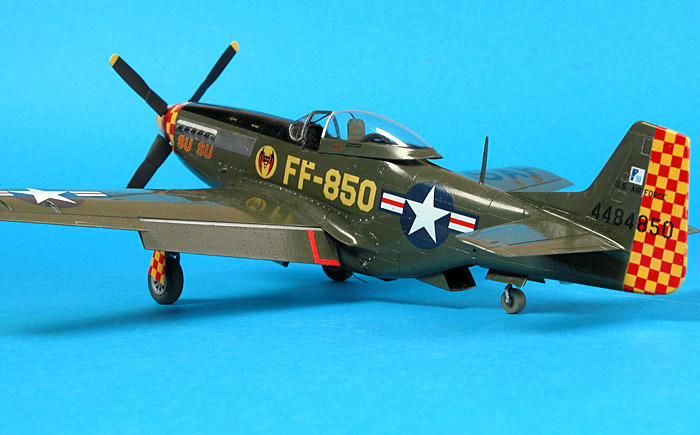 Brett Green's 1/48 Tamiya P-51D Mustang built as warbird 'Su Su'.