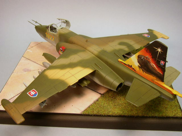 OEZ 1/48 SU-25K Frogfoot with Eduard interior and exterior photoetch, built by Bryan C. Tucker.
